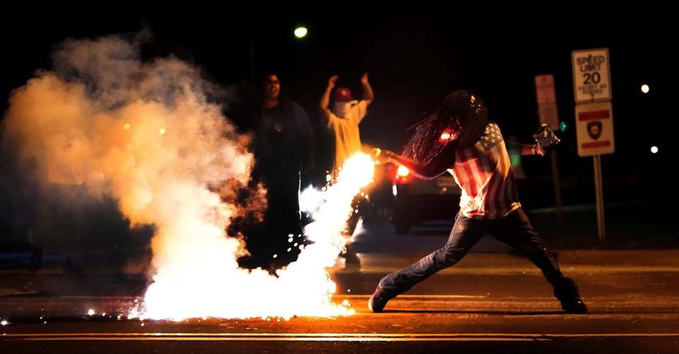 ferguson-riots.jpeg
